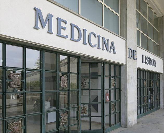 Fachada medicina